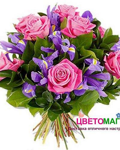Букет из эквадорских роз и ирисов