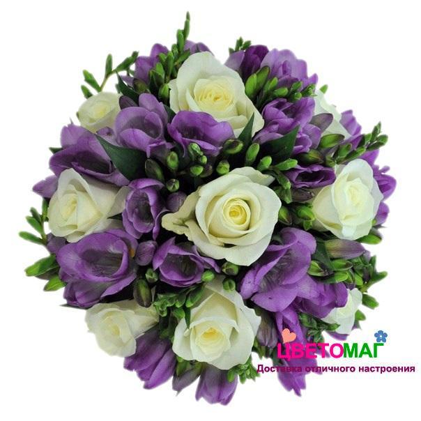 """Свадебный букет """"Камелия"""" из роз и фрезий"""