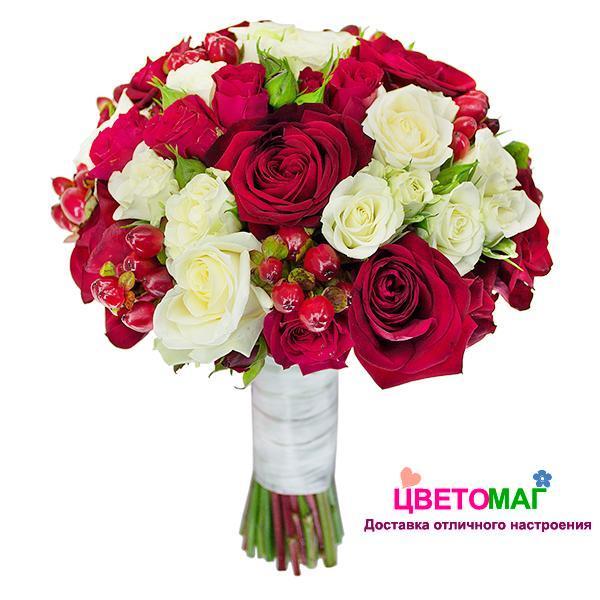 """Свадебный букет """"Удача"""" из 3 видов роз"""