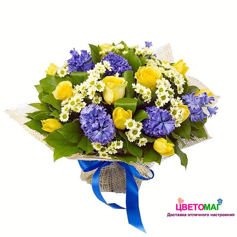 Букет из желтых роз и тюльпанов, синих гиацинтов