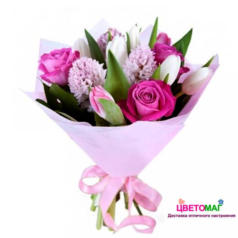 Букет из розовых роз, тюльпанов и гиацинтов