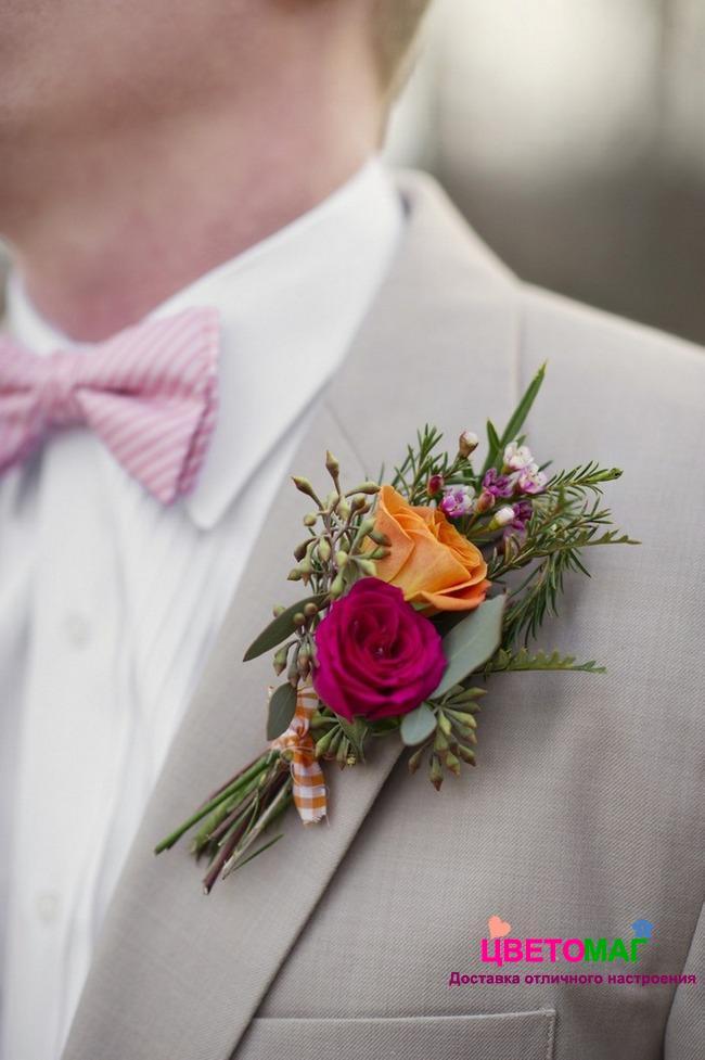 Бутоньерка с розовой розой