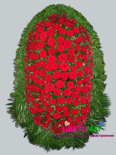 Венок из  красных роз 120 см