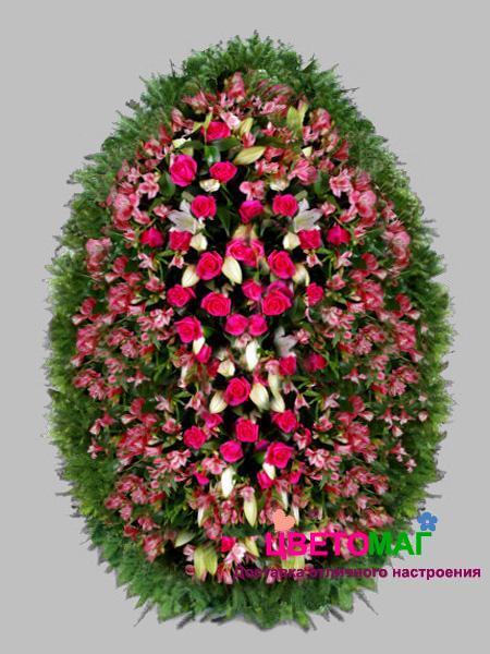 Венок из  розовых роз 110см