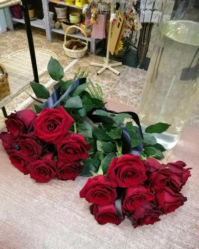 Букет из 8 красных роз
