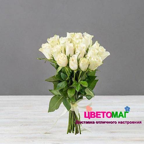 Букет 19 кенийских белых роз