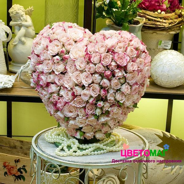 Букет «Сердце из 151 нежно-розовой розы»
